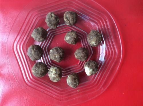 Chocolate-Nut Balls